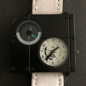 Other - Men's square watch